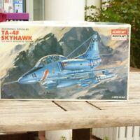 Academy Minicraft 1658 1:48 Bausatz Flugzeug TA-4F Skyhawk der US NAVY in OVP