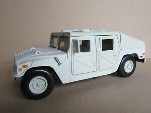 564M MOTORMAX 73262 Hummer Humvee Transport Troop Military Sand 1:24