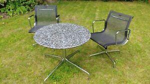 Tisch; Gestell Vitra, Platte Granit