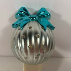 Bath & Body Works Christmas Ornament Wall Flower Unit Silver Turquoise Bow Used