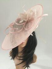 Perle rose mariage ascot Hatinator chapeau occasion mère de la mariée sinamay
