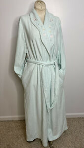 Vintage Miss Elaine Quilted Robe Snap Front Side Pockets Country Cottage Large