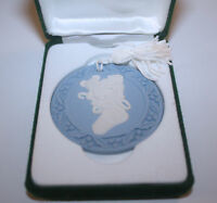 "MIB 1992 WEDGWOOD JASPERWARE ""STOCKING"" CAMEO CHRISTMAS ORNAMENT"