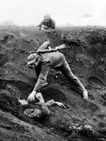 WWII photo Japanese soldier on Iwo Jima lay for 36 hours, pretending to dead 47i