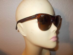 VTG BAUSCH & LOMB Ray-Ban Manhattan Matte Tortoise Frame Brown Lenses Sunglasses
