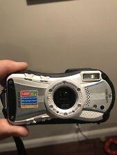 Ricoh WG WG-20 14.0MP Digital Camera - White **Cracked LCD Screen**