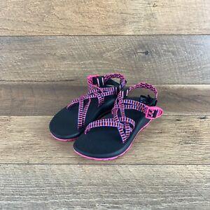 NIB Chaco ZCloud X J107104 Tartan Magenta Rose Strappy Sandal Women's Size 7 US
