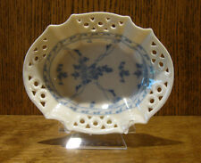 "CARSON HOME ACCENTS #03181 OVAL DISH/PLATE/SOAP DISH, 5.5"" wide by Skye McGhle"