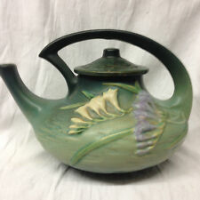 ROSEVILLE USA FREESIA GREEN TEAPOT 60 OZ WHITE & LAVENDER FLOWERS