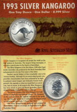 1993  SILVER KANGAROO 1oz   in   SILVER  on CARD   NO   RESERVE!!!