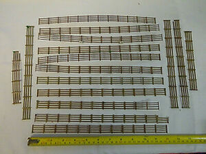 HORNBY OO GAUGE BROWN LINESIDE FENCING x 14 FEET