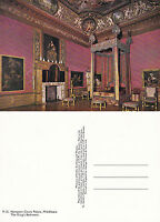 1970's THE KINGS BEDROOM HAMPTON COURT PALACE MIDDLESEX UNUSED COLOUR POSTCARD