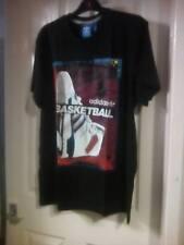 BNWT Para Hombre Adidas Baloncesto T Shirts en tamaño XL fantástica camisa