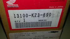 NOS Honda OEM Piston 1994 CR250R CR 250 13100-KZ3-690