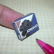 Miniature Popular Chocolate Creme-Filled Sandwich Cookie Box: DOLLHOUSE 1:12