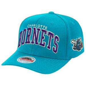 Charlotte Hornets Mitchell & Ness NBA Iconic Classic Red Curve Snapback Hat - Te