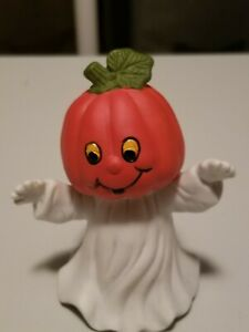 Halloween pumpkin figurines