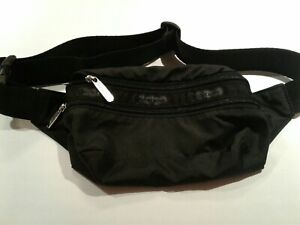 Le SportSac Fanny Pack Black Excellent Used Condition
