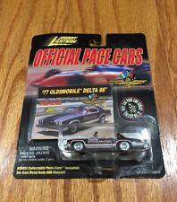 1999 Playing Mantis Johnny Lightning '77 Oldsmobile Delta 88 Car New