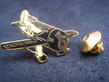 Beau Pin's Démons et Merveilles Avion airplane aircraft jaune