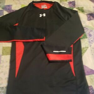 Under Armour Men's Size M Coldgear Fitted Crew Neck Shirt Long Sleeve Black/Red