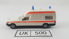 Ambulances miniatures en plastique WIKING