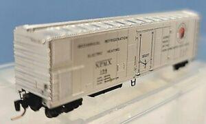 Z MTL 548 00 012 Northern Pacific 51ft Mech Reefer Box Car Single Plug Door #154