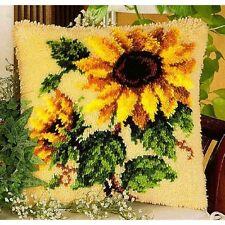 Coussin à nouer motif floral avec fil 40x40 cm VERVACO kkpn0014168