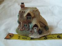 "LILLIPUT LANE. ""APPLEJACK COTTAGE"" with box"