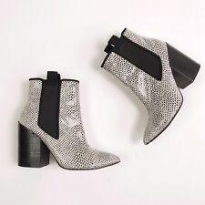 ASOS Black White Print Chelsea Heel Ankle Boots 4 / 37