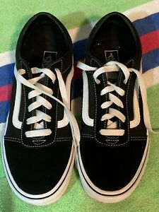 Vans Off the wall Black Youth 6.5  Skateboard sneakers