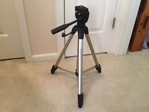 Platinum Plus 6400 UT by Sunpak photographer's multi-function tripod
