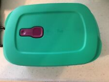 NEW Tupperware Crystal Wave PLUS  with Stain Guard 4.5 cup Green