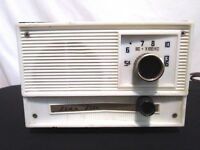 Vintage Star-Lite Transistor Radio For Parts or Repair Not Working