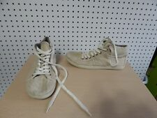 Womens Roxy shoes - Rockie - neutral color - size 8.5