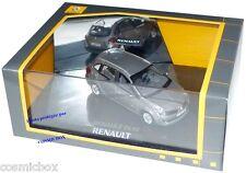 Coffret RENAULT CLIO ESTATE break gris cassiopée NOREV 1/43ème vitrine miroir