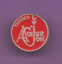 Pin's pin TARBES CHORALE A COEUR JOIE (ref CL11)