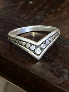"""Vintage Art Deco 925 Sterling Silver Dotted """"V"""" Shaped Band Ring Size 6, 2.2g"""