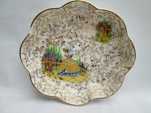 A Beautiful Ornate EMPIRE England Old Trinket Dish