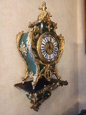 Boulle Pendule, Schildpatt im seltenen GRÜN, 19.Jh., mit Sockel sehr viel Bronze