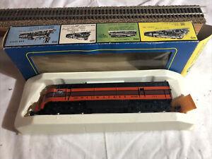 "Vintage AHM 5024 HO scale The Milwaukee Rd FM Locomotive ""DUMMY"""