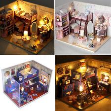 Kit DIY Dollhouse Maison Poupée Bois Miniature LED Lumière Décor Cadeau de Noël