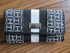 Tommy Hilfiger clutch hand purse handbag, black/white