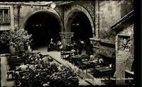 Salzburg ~1950/60 Gasthaus Leute im Stiftskeller St. Peter mit der Felsenhalle