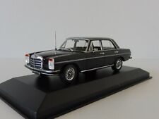 Mercedes-Benz 200 Strich 8 1968 Negro 1/43 Maxichamps 940034005 By / 8