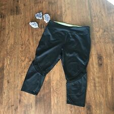 Forever 21 Black Athletic Cropped with Net insert Women's Size M