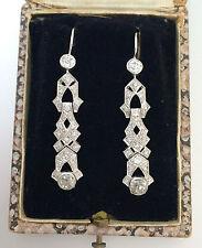 Un impresionante par de Art Deco Diamante pendientes Circa 1930 's