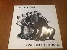 SUPERBE VINYLE 33T MADNESS ONE STEP BEYOND