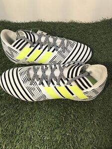 Adidas Nemeziz 17.3 J White/Black soccer cleats Size 4 FG Boy's Only