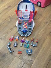 Fisher-Price Go Jetters Jet Pad with Figures and accessories